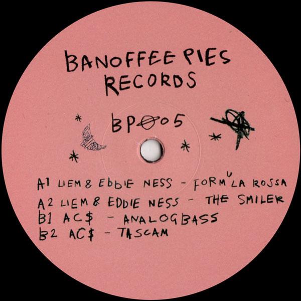 liem-eddie-ness-ac-banoffee-pies-005-banoffee-pies-cover